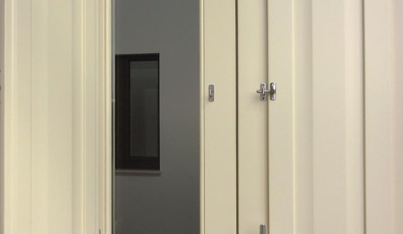Scuretti interni in legno elementi oscuranti for Elementi divisori per interni